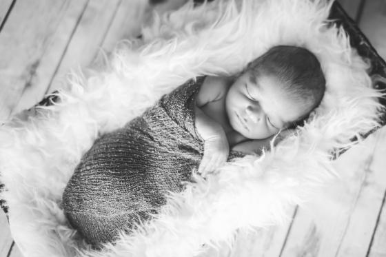 Carter-newborn-127