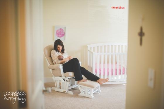 Katie P lifestyle newborn-2